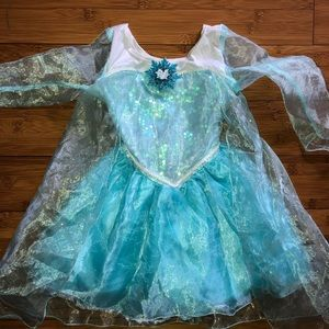 Disney Elsa frozen costume 2t